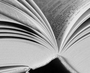 Opengeslagen boek - CC0